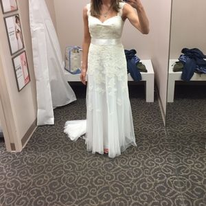 White by vera wang lace bridal gown wedding dress